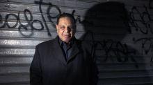 Egypte : l'écrivain Alaa al-Aswany poursuivi pour insultes envers le président Sissi et les forces armées