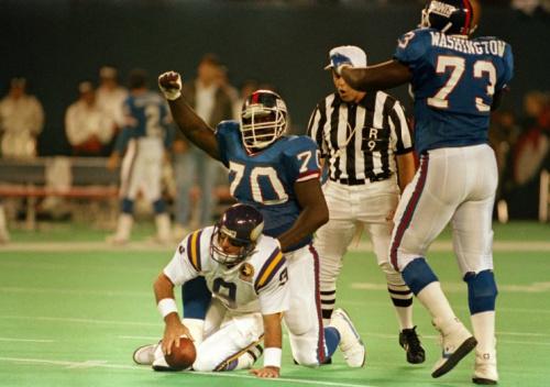 Leonard Marshall (70) played in 12 NFL seasons. (AP)