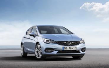 魔鬼藏在細節裡,Opel/Vauxhall 小改款 ASTRA 亮相,全面更替 PSA 節能汽柴油動力族!