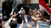 Mohamed Morsi enterré, polémique autour de sa mort