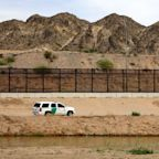 U.S. Border Patrol Agent Shoots Dead Undocumented Immigrant in Texas