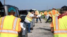 Trabajadores petroleros Golfo de México evacúan ante amenaza de tercera tormenta
