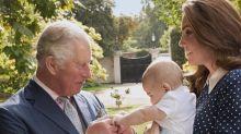 El príncipe Charles alcahuete como abuelo