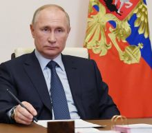 Putin orders Russia to begin large-scale COVID-19 vaccinations next week