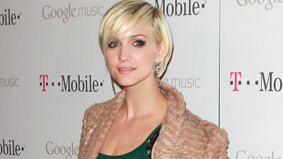 Ashlee Simpson 'Looking Forward' To Being An Aunt