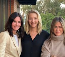 Jennifer Aniston, Courteney Cox And Lisa Kudrow Reunite To Send Important US Election Message