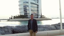 Padres de un hombre detenido por indecencia en Dubái dicen que su vida está 'arruinada'