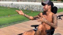 Brazilian soccer star Neymar posts ill-advised Stephen Hawking tribute on Twitter