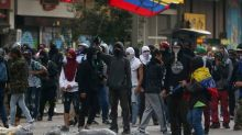 Police clash with some protesters in renewal of Colombia demonstrations