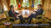 """""""Quand vous êtes faibles, il s'en sert"""", dit Emmanuel Macron à propos de Vladimir Poutine"""