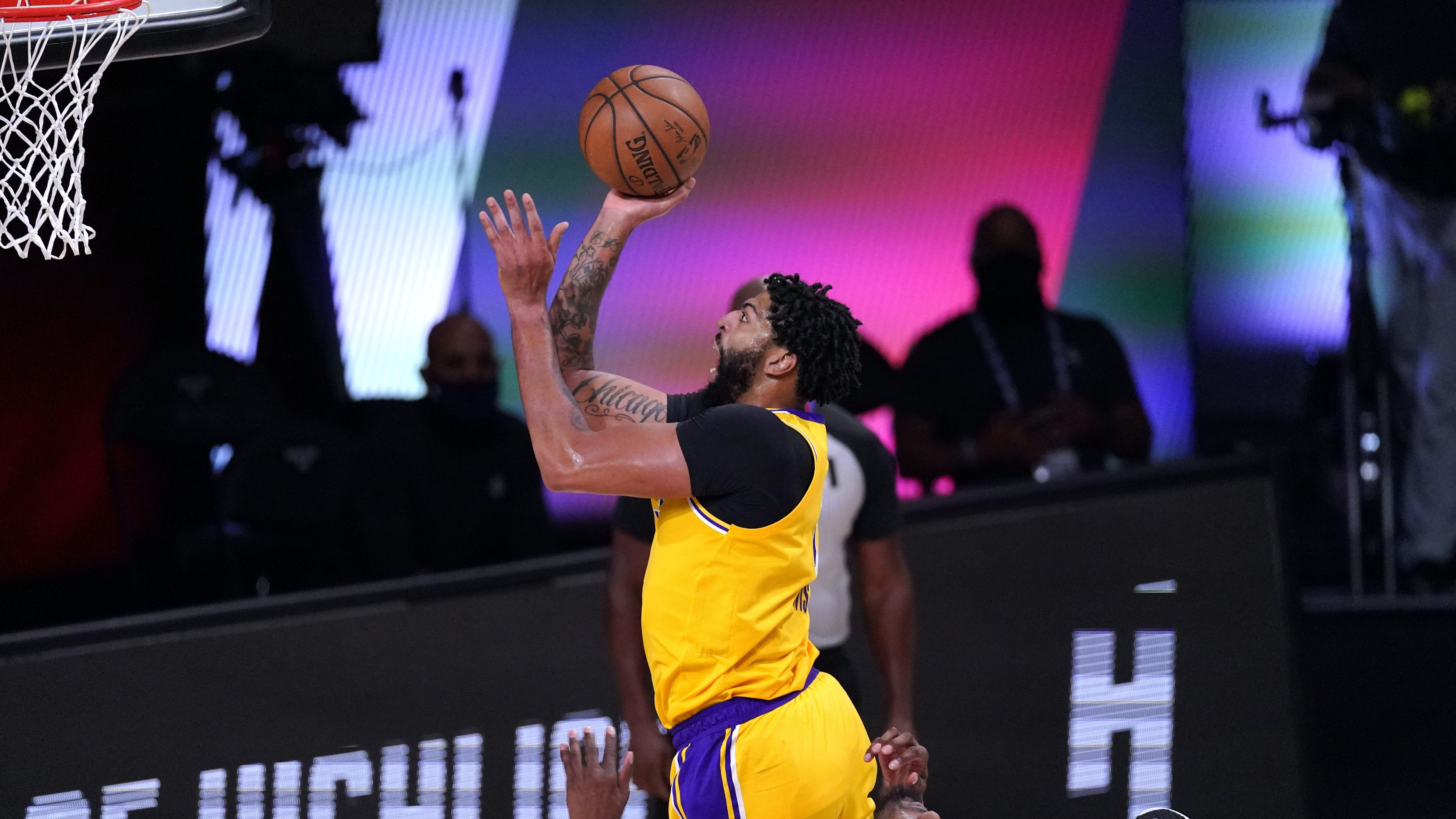 Los Angeles Lakers Dominate Houston Rockets To Take 3 1 Series Lead