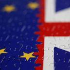 Big differences at Britain-EU trade talks, Barnier-Frost meeting off