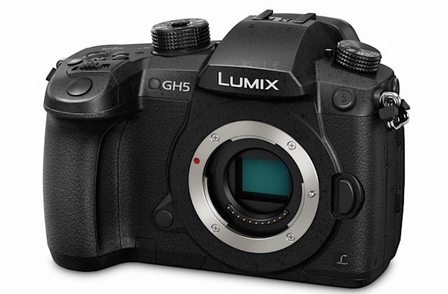 Panasonic's GH5 flagship camera arrives in March for $2,000