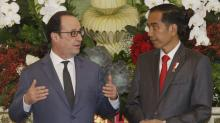 France pledges $2.6 billion for Indonesia as Hollande visits