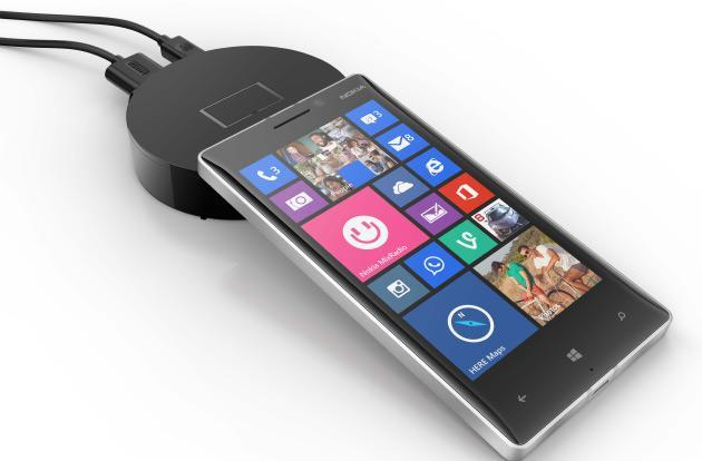 Boot content to any TV wirelessly with Screen Sharing for Lumia