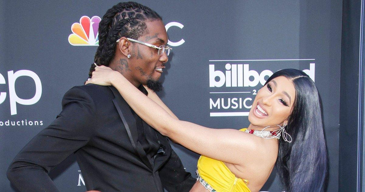 Cardi B Gets New Tattoo Of Husband Offset S Name On The Back Of Her