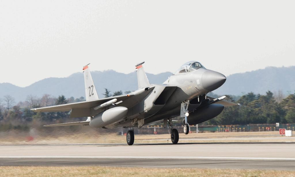 Air Force to begin fightermounted laser tests