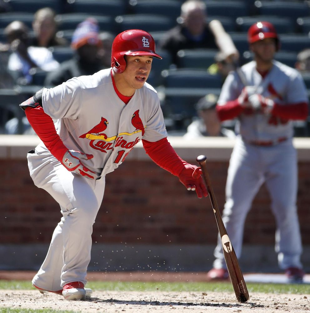 Cardinals ship Wong, Robinson to minors