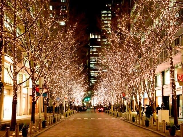 丸之內Illumination用111萬顆金色燈飾,散發高雅光彩的聖誕。(圖片來源/mapple)