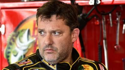 Stewart Pulls Out of Race After Fatal Crash