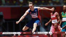 """Olímpicos en Tokio: las polémicas """"superzapatillas"""" y la pista que están ayudando a lograr récords mundiales en el atletismo"""