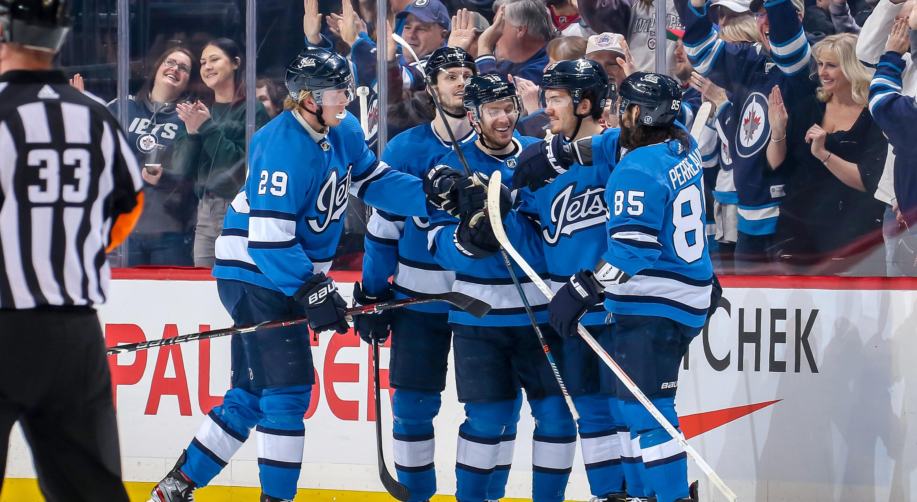 so what happened to the winnipeg jets against anaheim. Black Bedroom Furniture Sets. Home Design Ideas