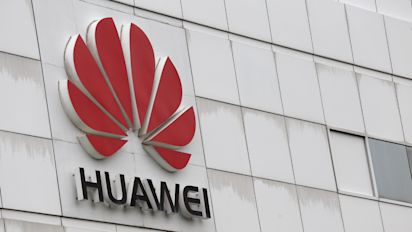 Huawei to shift research from hostile US to Canada: founder