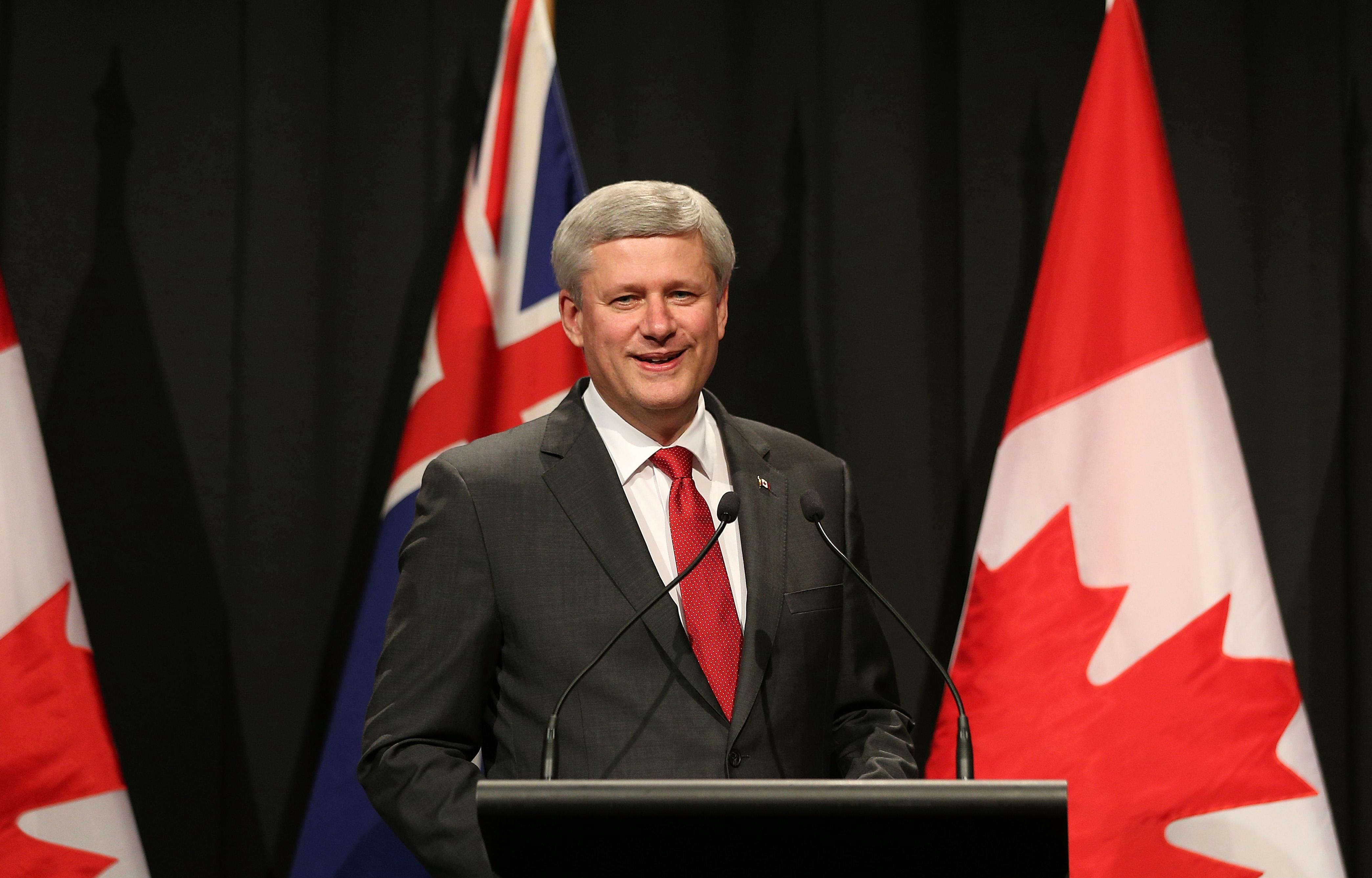Canada's Prime Minister Stephen Harper speaks during a joint press conference with New Zealand's prime minister in Auckland on November 14, 2014 (AFP Photo/David Rowland)