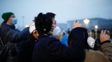 Las víctimas del coronavirus en China, 'probablemente' 10 veces más de lo informado, según analista