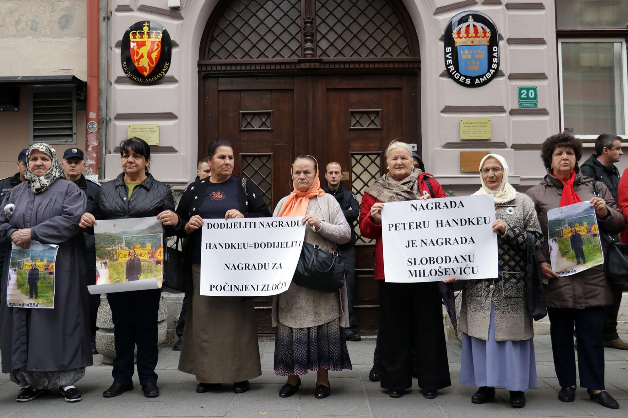 Bosnian war survivors protest Peter Handke's Nobel prize win 0f5c88b3104aadab0611f1bb4ed48a6e