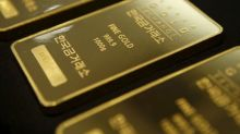 Gold Gains, Set to Record Weekly Gain; Dollar Also Trade Higher