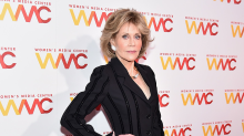 Jane Fonda's Eyeshadow Trick Gives Her a Lifted, Youthful Look