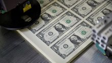 Dollar Looks Poised to Weather Fed Cuts and Recession Risk