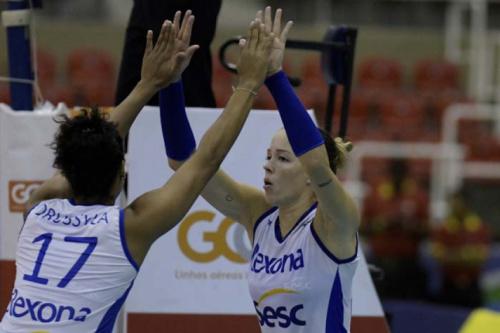 Semifinais da Superliga Feminina ocorrem nesta sexta-feira