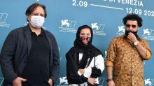 """Mostra de Venise : le cinéaste iranien Madi Majidi dénonce le travail des enfants dans """"Les Enfants du soleil"""""""