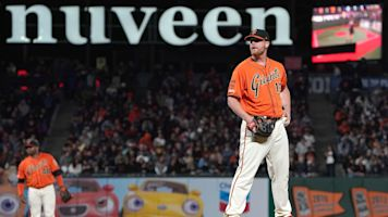 Surging bullpen gift and a curse for Giants