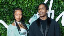 Marca de Rihanna ganha troféu em premiação de moda