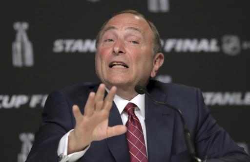 Pod hockey: Leading plan for NHL return includes empty rinks
