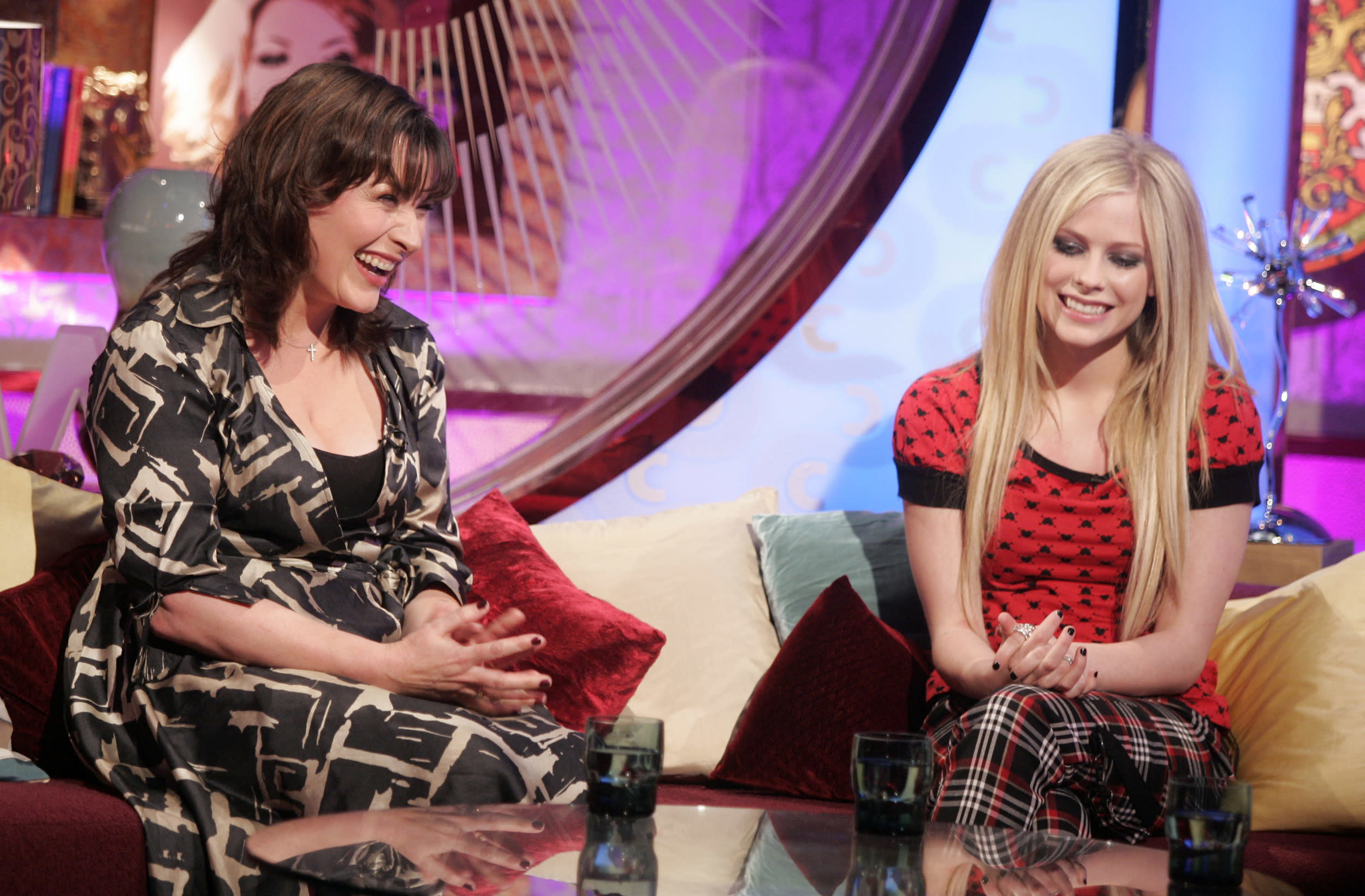 Lorraine Kelly and Avril Lavigne pictured during recording for the Charlotte Church Show series 2, Channel 4, on March 21, 2007. Transmission date: Friday March 23, 2007. 22.00 hours, Channel 4.