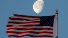 Les Etats-Unis veulent renvoyer des hommes sur la Lune d'ici 2024