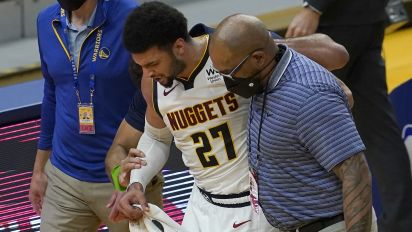 Nuggets star Murray goes down with scary injury