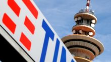 Ruling delays Telecom Italia board showdown with Elliott