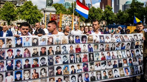 Dutch Srebrenica peacekeepers may sue for 'mission impossible'