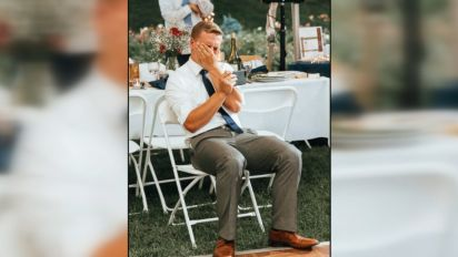 Brother sobs watching sister's wedding dance