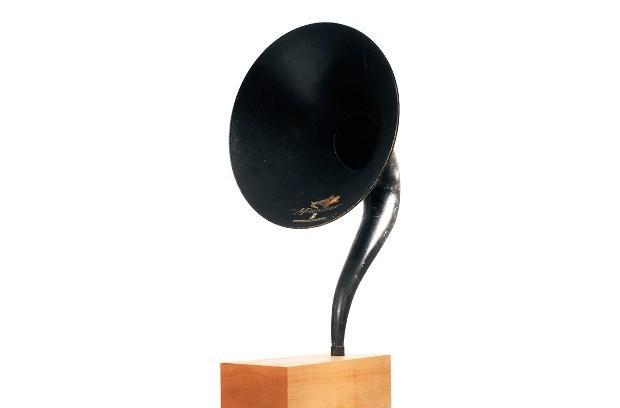 Gramovox is a Bluetooth gramophone that takes retro to absurd auditory heights