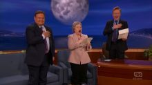 Kathy Bates and Conan sing 'Star-Spangled Banner' in Baltimorese