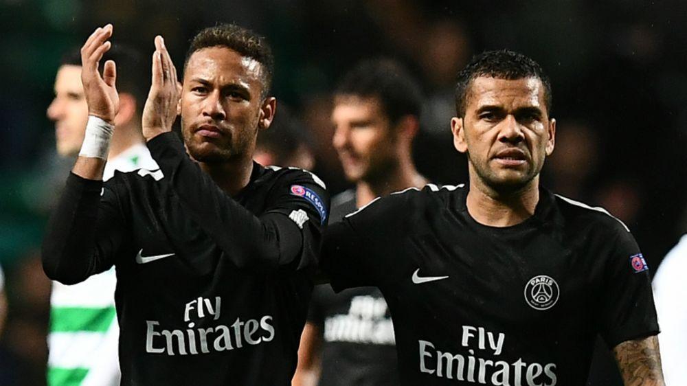 """Alves: """"Le dije a Neymar que era libre de irse del Barcelona"""""""
