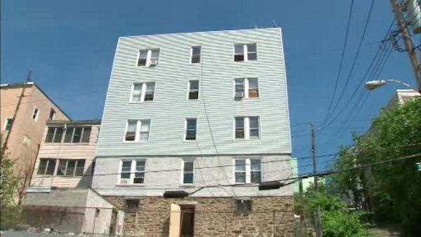 2-year-old girl falls out Yonkers window