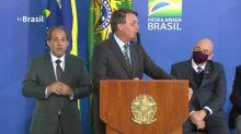 Bolsonaro insiste na cloroquina
