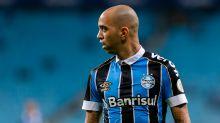 Tardelli foi no Grêmio buscar a carteira de trabalho, antes de seguir para BH